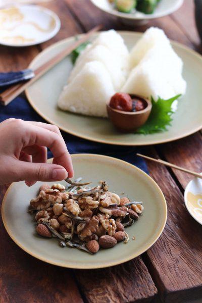 小魚入りロカボナッツ。